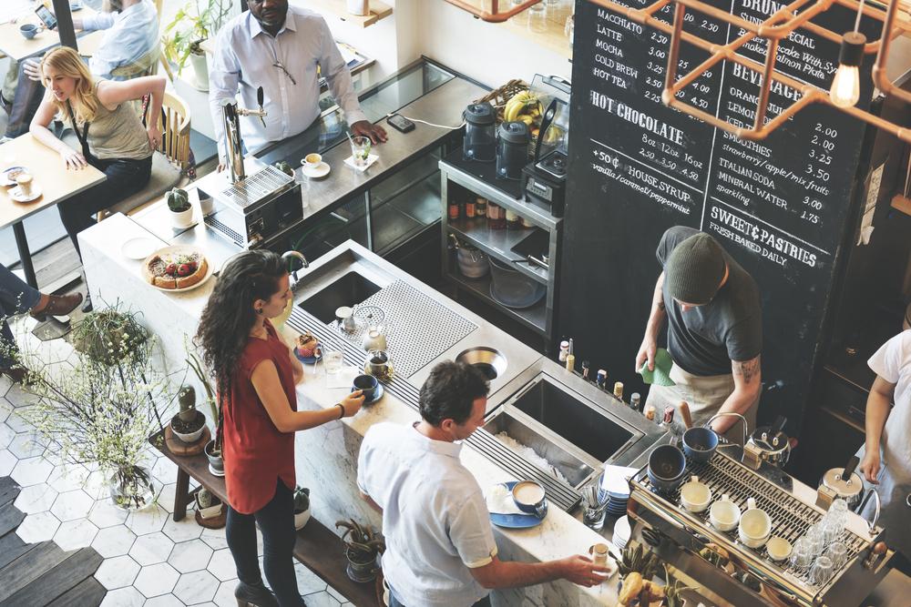 既卒のための業界解説|何かとブラックな外食業界を徹底解説(飲食業界解説Vol.1)