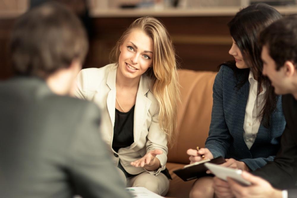 【未経験から法務職】第二新卒の女性がレアな法務職求人に就職できた理由とは