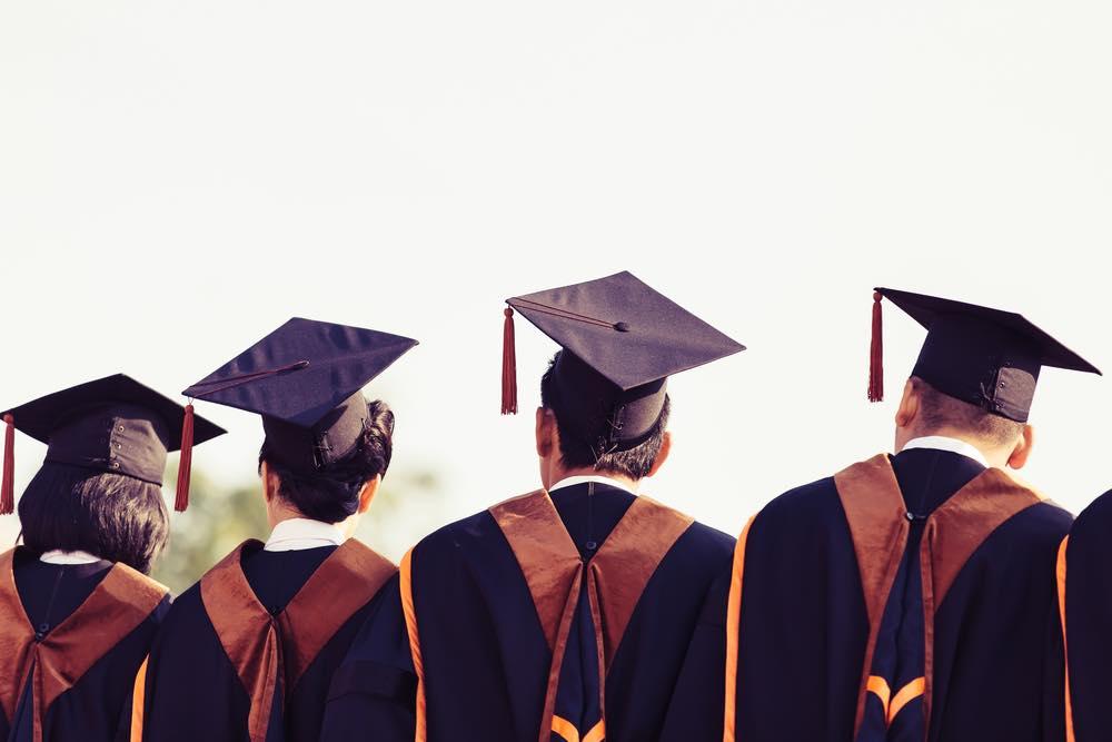 第二新卒・既卒が知りたい法科大学院(ロースクール) 卒業後のキャリア②~司法試験に合格!合格後の進路~