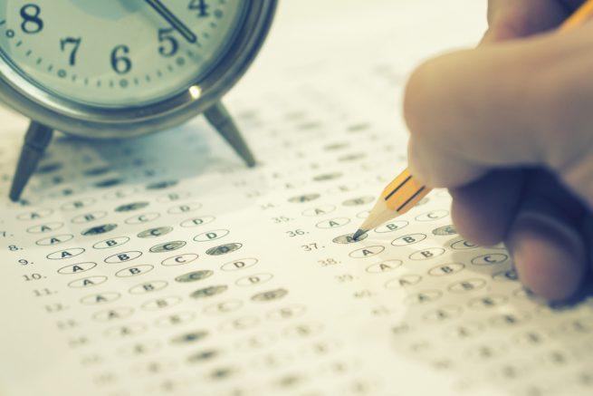 既卒のための面接対策|面接の前に意外とつまずく筆記試験&適性検査を徹底解説