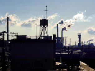 工場のシルエット