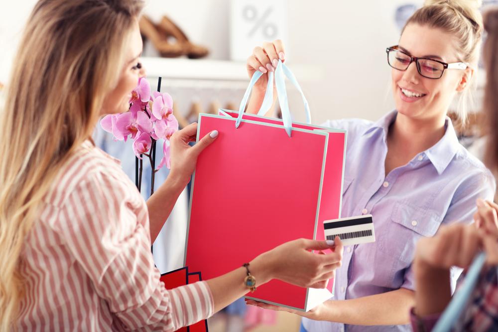 販売職から未経験職種への転職活動 何故、若手販売職経験者を採用したい企業が多いのか