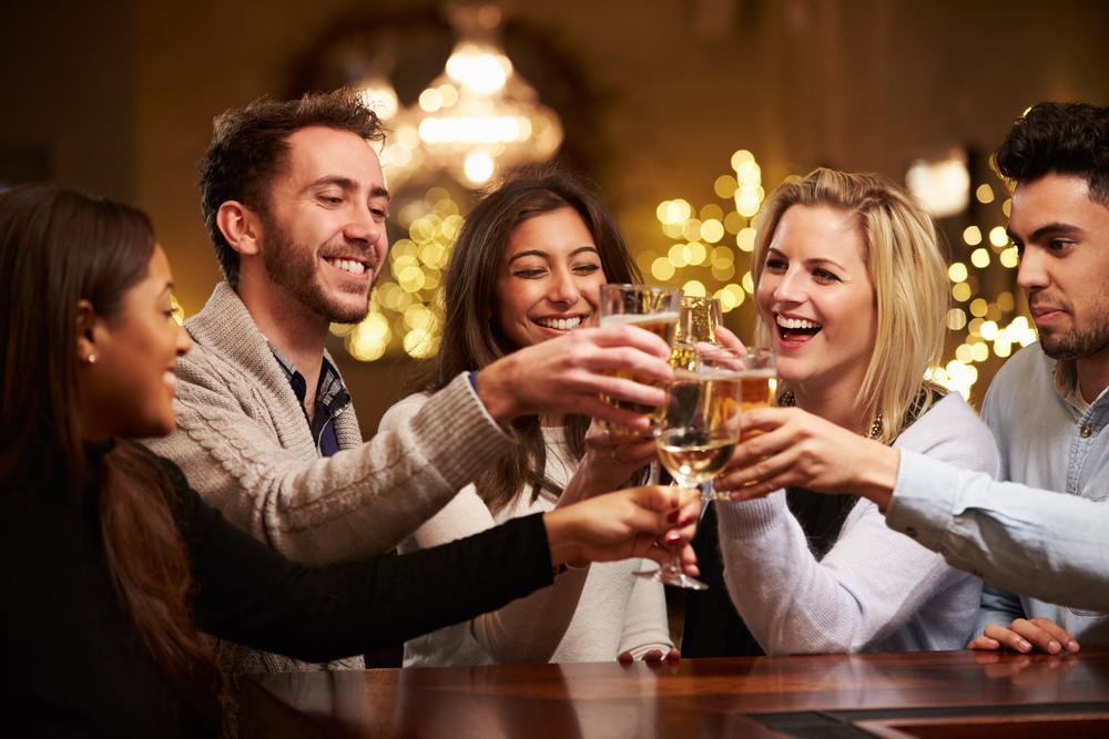 既卒・第二新卒必見|新入社員は絶対読むべき、10の飲み会マナー!