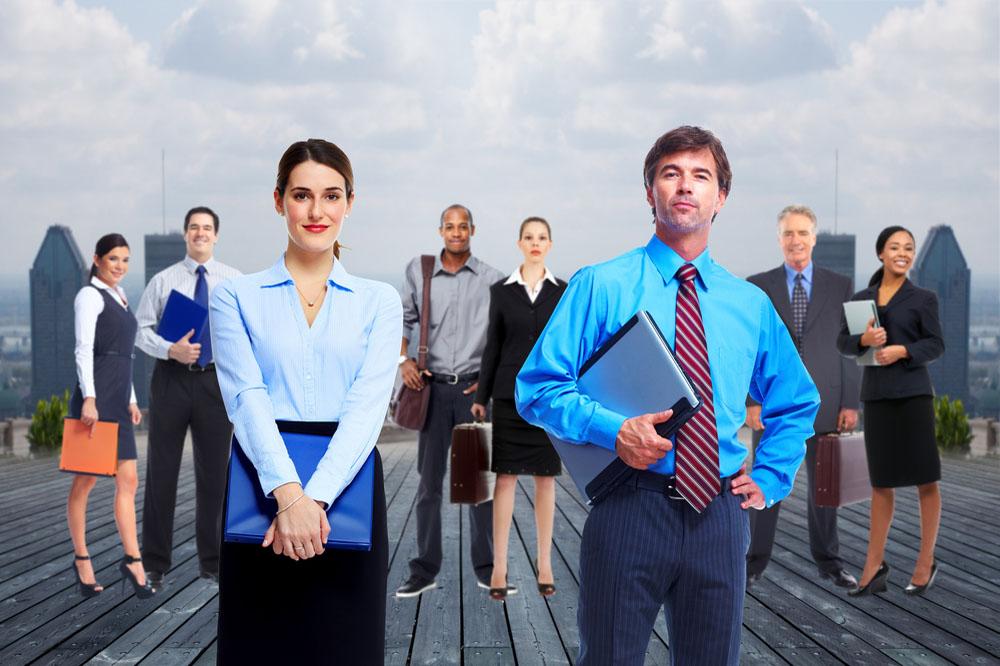 IT系会社に勤める人たち