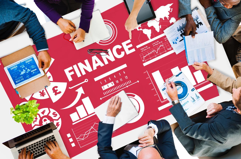 未経験から証券業界へ就職。金融業界のトレンド大解剖!vol.1
