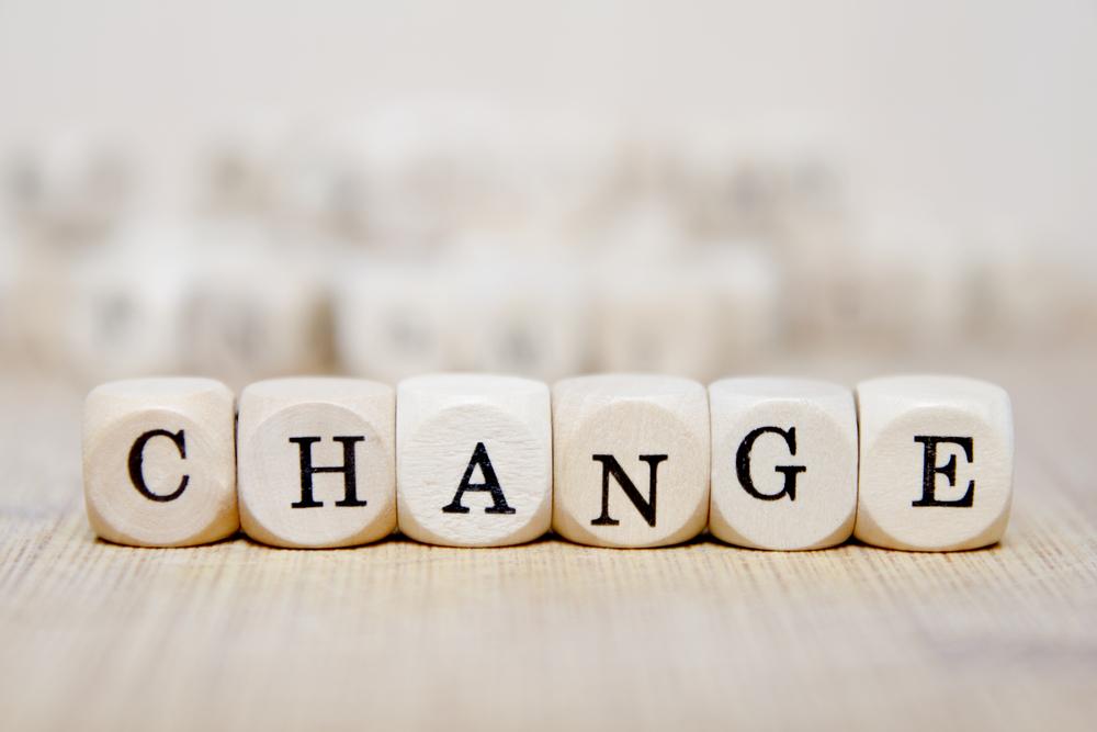 change(変化)のロゴ