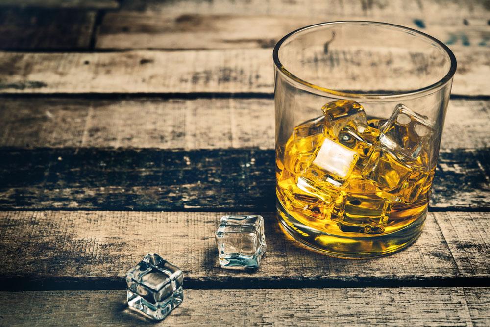 就活で人気急上昇の飲料品メーカー!「サントリー」企業研究