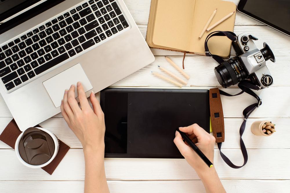 多くの人に感動を与える憧れの職業!「編集職」を業界研究!