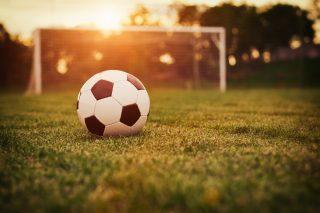 サッカーボールとゴール