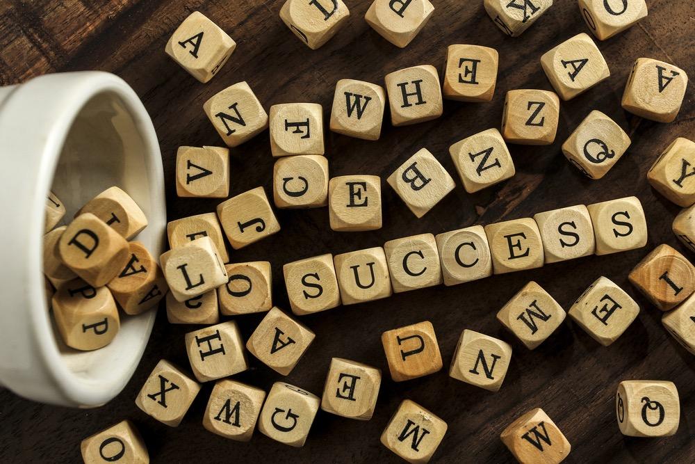 「SUCCESS」と書かれた画像