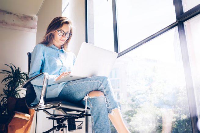 就活をスタートする既卒生は必見!「企業研究」と「自己分析」のやり方を教えます
